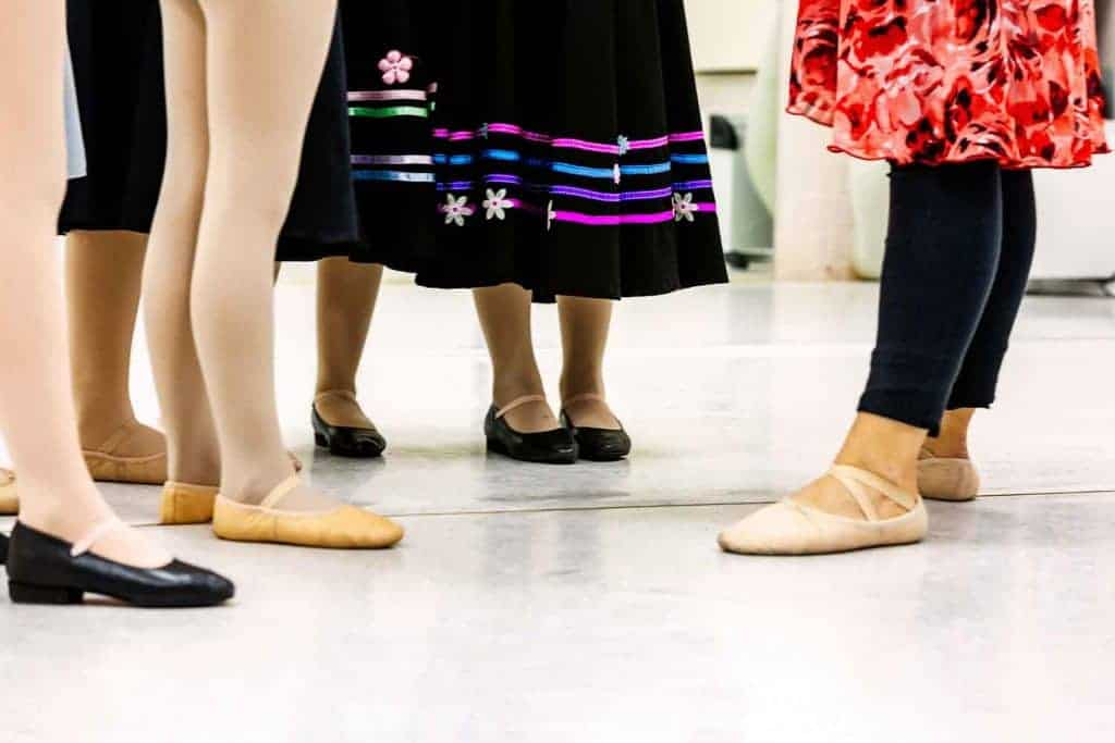 RAD Ballet Class Award Vs Exam – A helpful explanation for parents