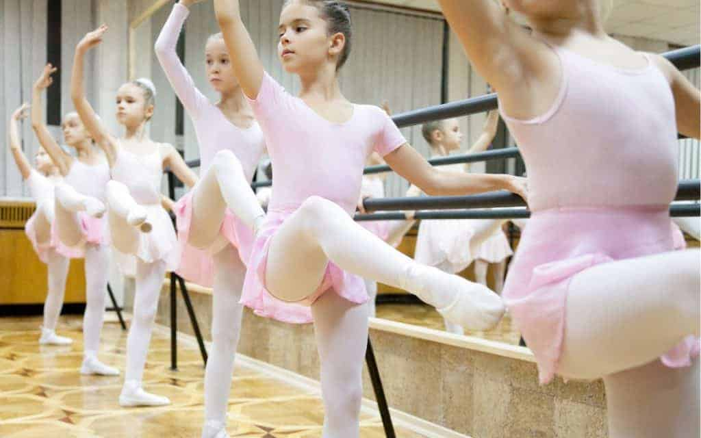 How Many Dance or Ballet Classes (Age & Class Guide)